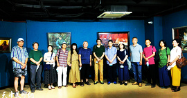 """庆祝中国人民解放军建军93周年—""""艺路寻梦""""万栩、刘志平油画展在群艺馆开幕"""