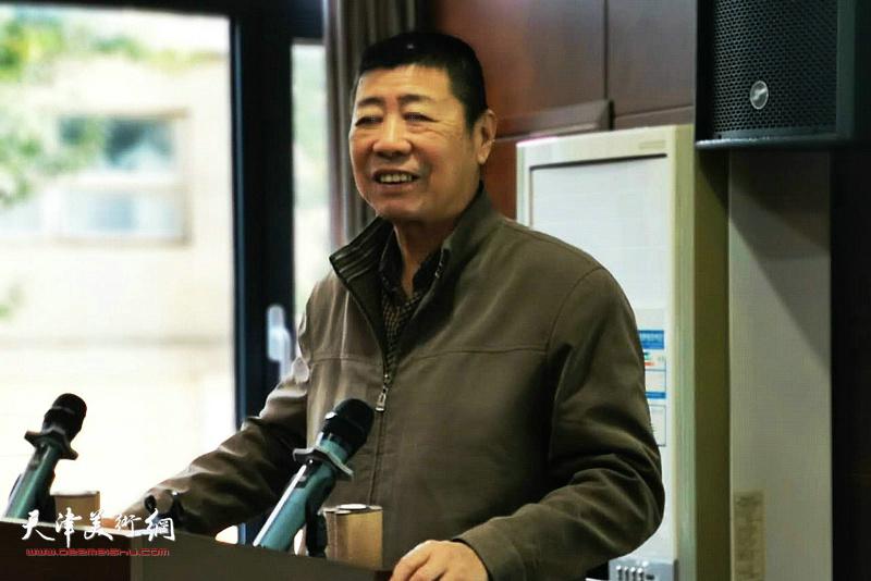 天津市收藏家协会集报专委会原会长王少柱致辞。