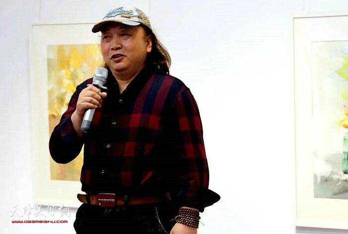 天津美术家协会水彩专业委员会会长朱志刚先生致辞