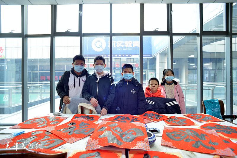 2021孙其峰艺术研究院公益讲堂暨怀德书院迎春联谊会活动现场。