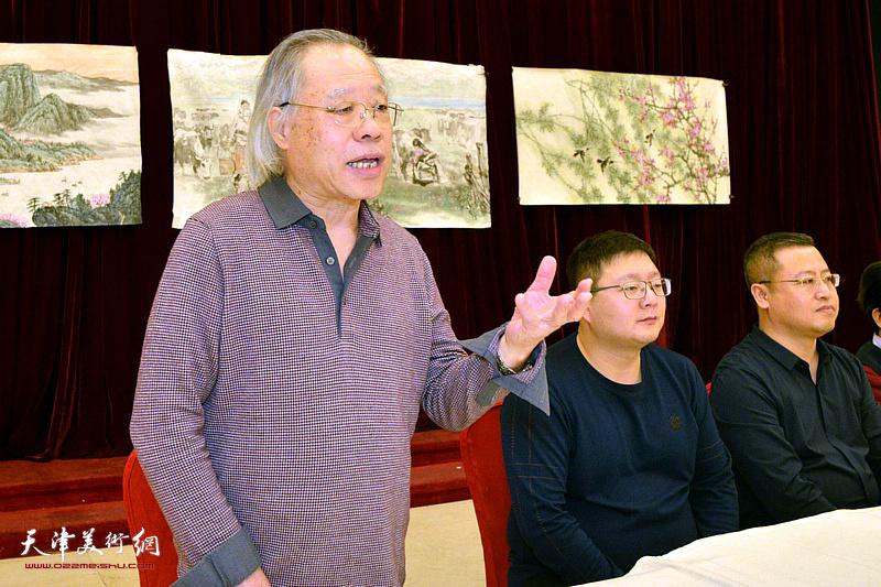 王金厚祝贺新年并就新一年工作提出要求。