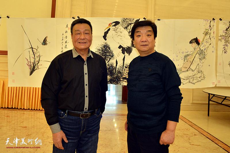 季家松、翟鸿涛在笔会现场。