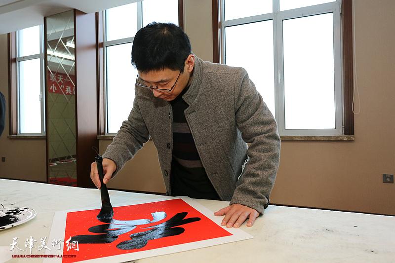天津画院新时代红色文艺轻骑兵小分队文化进万家活动走进静海