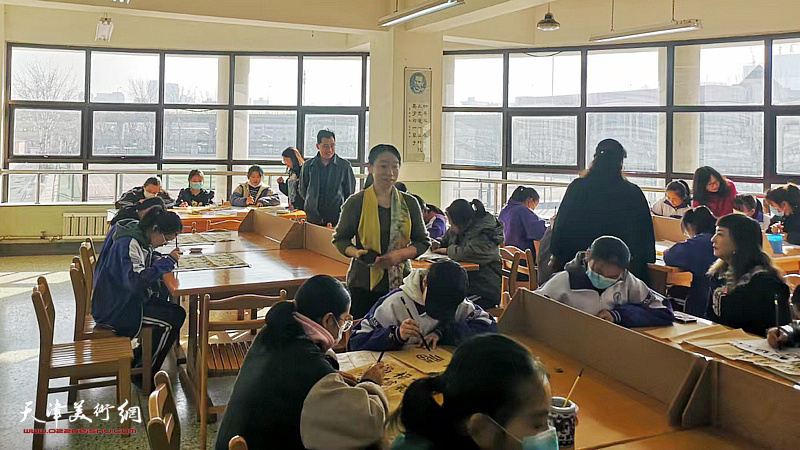 天津市书画艺术研究会青年书画艺术研究院院长庄雪阳