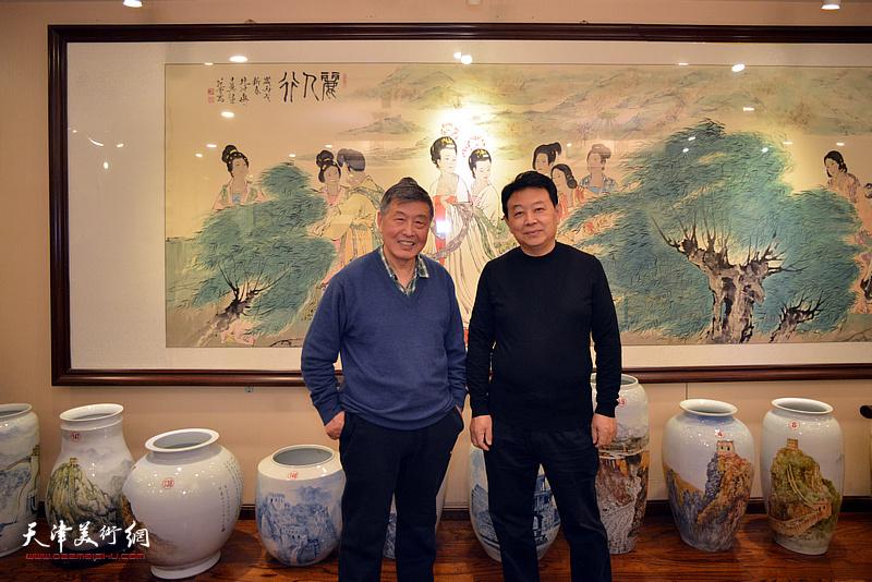 刘学仁、华绍栋在海顺印业名家雅集现场。