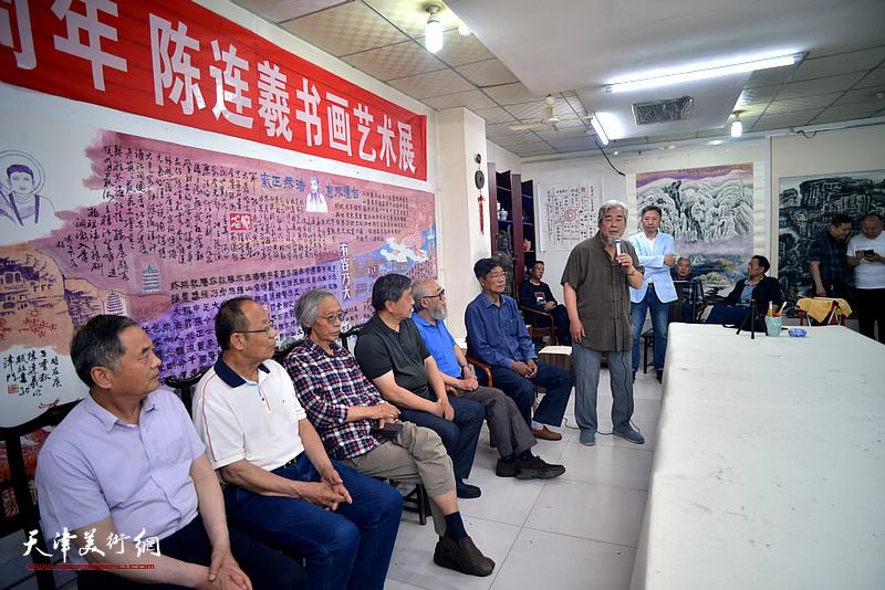 陈连羲书画艺术展在紫芥园艺术馆开幕现场。