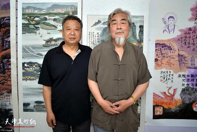 陈连羲、宋新勇在陈连羲书画艺术展现场。