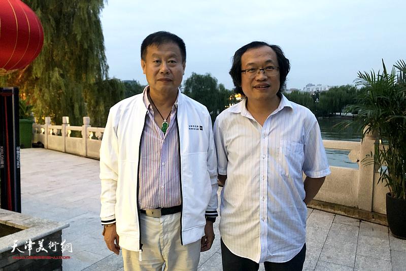 杨惠东与谷毅平在水香洲文化艺术中心。
